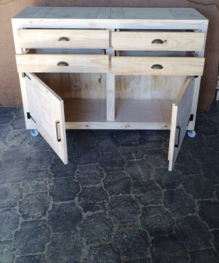 Food Server Farmhouse series 1600 with 4 drawers and 2 doors Mobile Raw