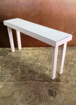 Console Farmhouse series 1600 with glass top White washed