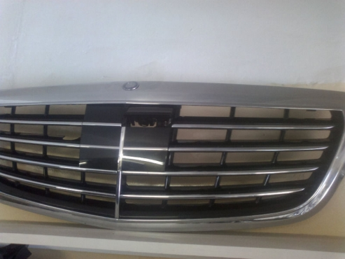 Mercedes Benz W222 2015 main grill for sale