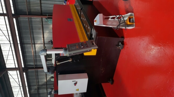 hydraulic guillotines 4/2500