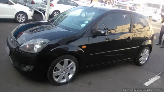 Ford Fiesta 1.6 Engine 2009 Model, 3 Doors, Factory A/C, C/D Player,  Colour Black, 104000Km.