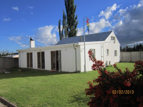 Country house for sale in Memel