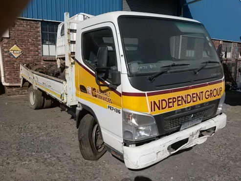 2012 CANTER FUSO 7-136 - STRIPPING 4 SPARES