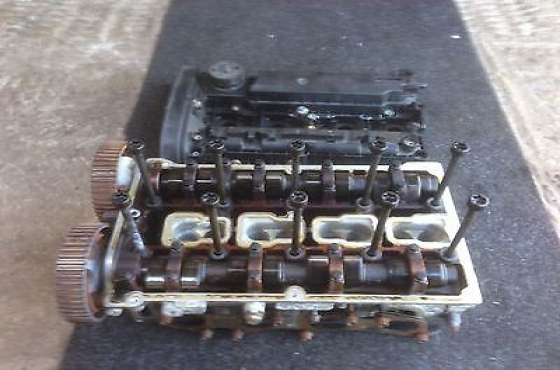 Alfa romeo 147 and 156 2.0 16v T.spark clean and complete Cylinder head for sale   more info   Conta