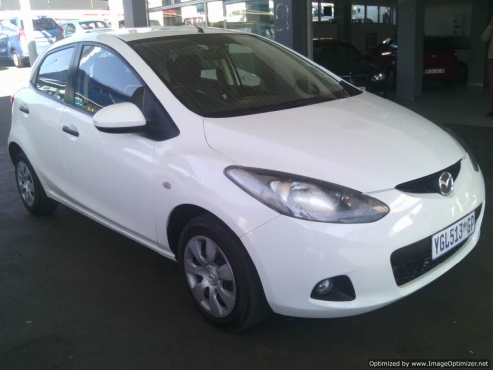 2009 Mazda2 1.3 5 doors 18000km With Service Book Cloth Upholstery, Power Steering, Mp3, Radio, ABS,