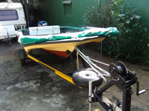 BOAT EASY LAUNCH . BRAKE NECK TRAILER + free gifts. License for one year