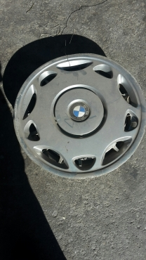 BMW 15 Original Hubcap set of 4 Available