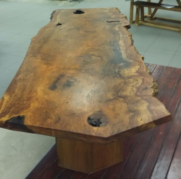 Live edge dining and coffee tables