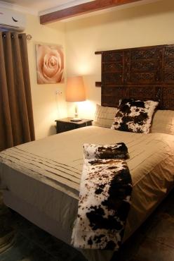 Guest House - Upmarket area Newcastle - KZN