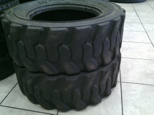 Sale on truck tyres 10/16.5/192 in Bethal Mpumalanga
