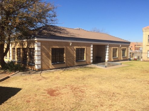 BEAUTIFULL OFFICE BLOCK FOR SALE IN HIGHVELD TECHNO PARK, CENTURION!
