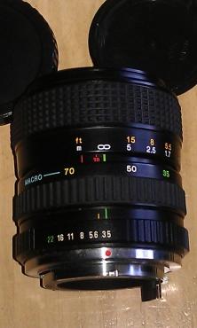 Lens Zoom 35-70mm + Camera Spares