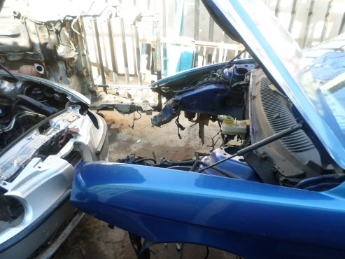 Complete Alfa romeo 156 blue  in colour stripping for spares   for sale  complete engine, complete m