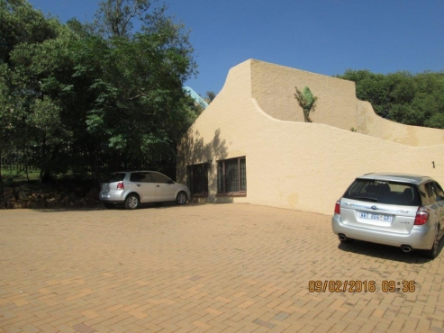 BARGAIN FREEHOLD OFFICES FOR SALE NEAR FLORA HOSPITAL