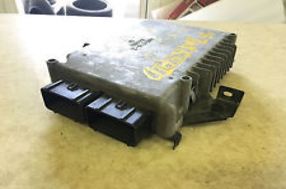 Chrysler neon 2.0 computer box   for sale complete set available with keys, ignition and transponde