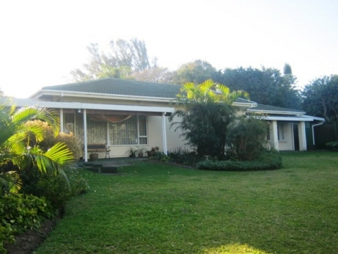 Neat Spacious 4 Bedroom,3 Bathroom Family Home for sale in Port Edward