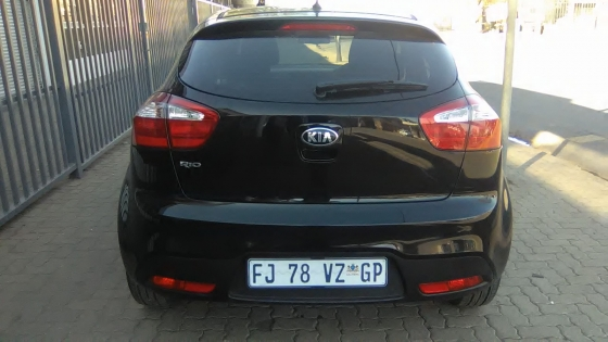 2014 Kia Rio 5-Doors, Bluetooth, Factory A/C, C/D Player, Central Locking, Black in Color, 14000Km,