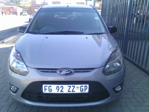 Ford Figo Ambiente 1.4 Engine Capacity, 5-Doors, 2012 Model, Factory A/C, C/D Player, Central Lockin
