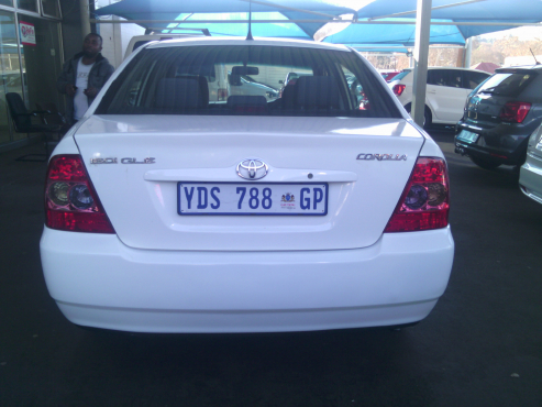 Toyota Corola GLE 1.6i 5Doors, 2009 Model, Factory A/C, C/D Player, Central Locking, White in Color,