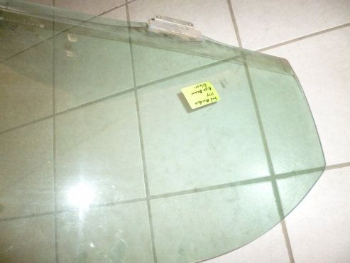 Logic spares is selling car windows for a good price, call us today for a good deal!