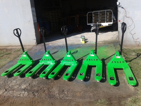 PALLET JACKS R2500 REFURBISHED AND REPAIRS .. NIVEN 0722968881