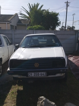 VW Jetta 2 breaking up for spares.
