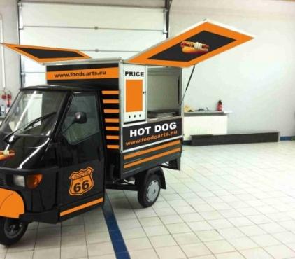 Pie-Fish Chips-hot dog -burgers Mobile shop Tuk Tuk Piaggio Ape Food Truck