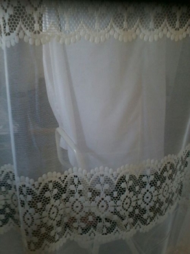 90cm lace/net curtain - FULL SEALED ROLL
