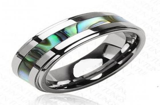 Stunning tungsten carbide men's wedding bands