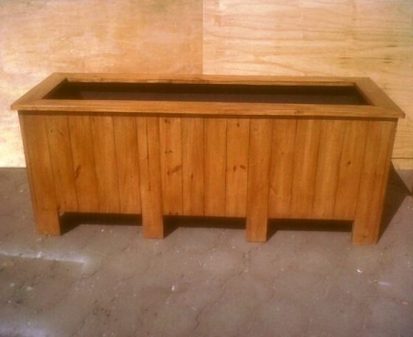 Planter box Shenaz series 1800 - Treated