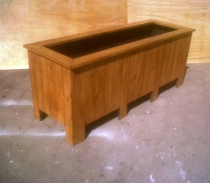 Planter box Shenaz series 2100 Treated