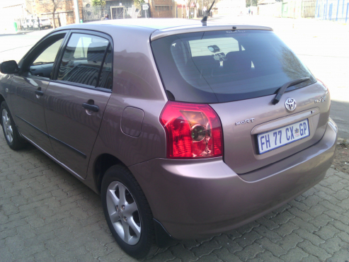 Toyota RunX 1.4 RT 5Doors,2007 Model, Factory A/C, C/D Player, Central Locking, Gold in Color, 9400
