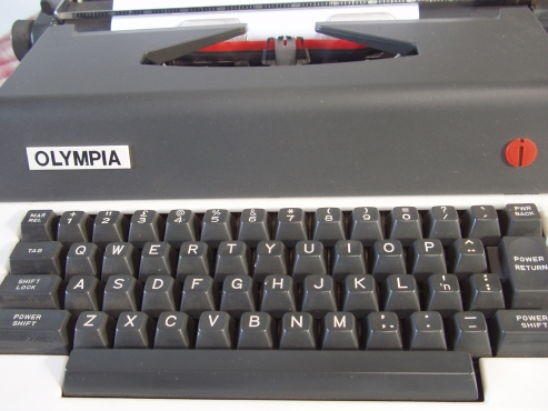 Olympia  Electronic Typewriter - Model X-L12