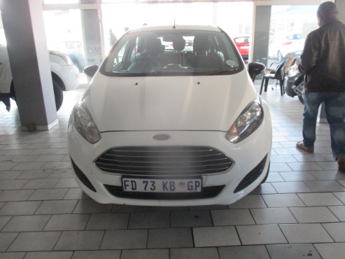 2014 Ford Fiesta Ambient 1.6 Engine Capacity, 5Doors, Factory A/C, C/D Player, Central Locking, Colo