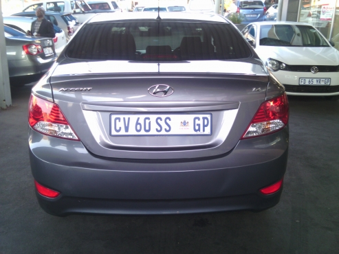 Hyundai Accent GL 1.6 Motion with Service Book, 5Doors, Factory A/C, C/D Player, Central Locking, Ch