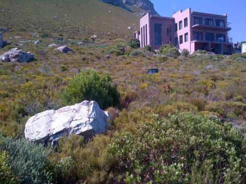 1,338M² VACANT LAND FOR SALE IN BETTYS BAY