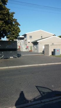 1 BEDROOM APARTMENT FOR SALE IN BLOUBERG