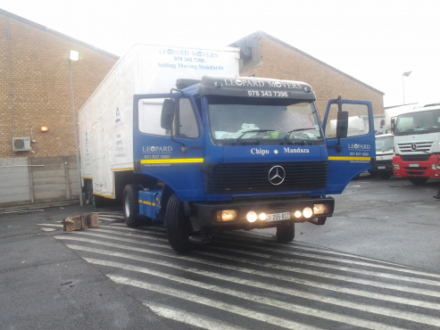 Enclosed empty 15ton truck available from Cape Town to Kimberley/ Bloemfontein 0783437396
