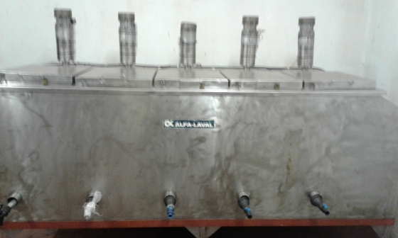 Stainless Steel MILK / Juice mixing and cooling tank