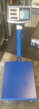 INDUSTRIAL PLATFORM SCALES 300KG  only R1850.00
