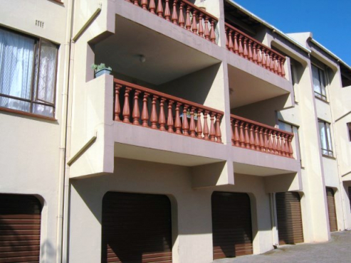 Newly Renovated 2 Bedroom,2 Bathroom Apartment for sale in Port Edward