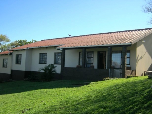 3 Bedroom,1 Bathroom House with Lovely Sea Views for sale in Port Edward