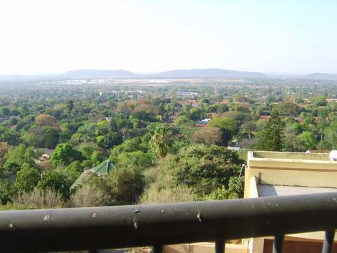 Wonderboom- Now only R9300 - Town House on Mountain-Stunning views-3 bed/2 bath -  double L.U.Garage