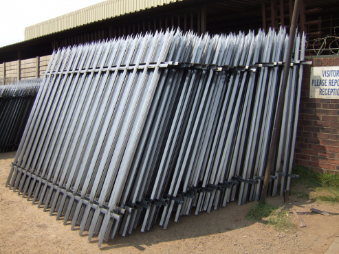 PALISADE MANUFACTURER OPEN TO PUBLIC