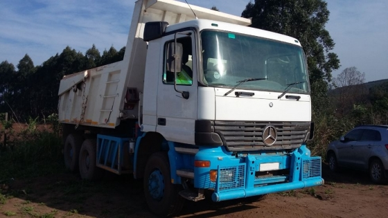 Mercedes Benz Actross 3331 MP1 10 Cube Tipper Truck