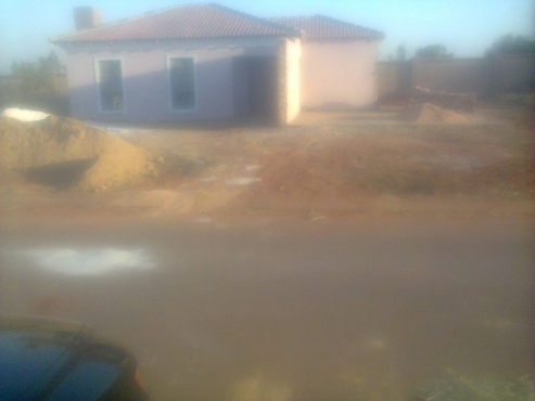 Unfinished house for R330 000.00