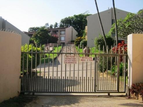 2 Bedroom,2 Bathroom Apartment for sale in Port Edward