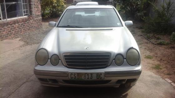 2001 Mercedes Benz E240