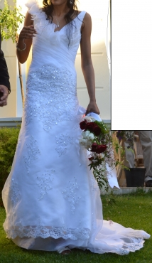 Wedding dress for sale, size 8