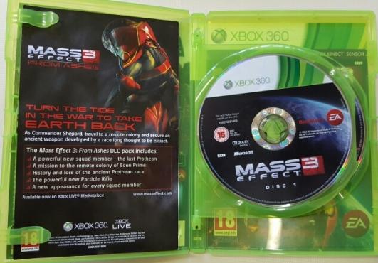 Mass Effect 3 XBOX  360 2x disc Game